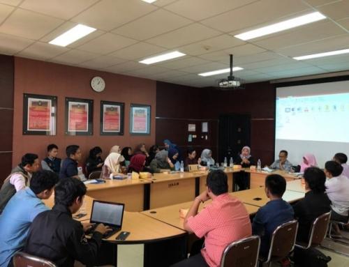 """(Bahasa Indonesia) Manifest: Diskusi dan Bedah Buku """"Sengketa Mazhab Hukum"""""""
