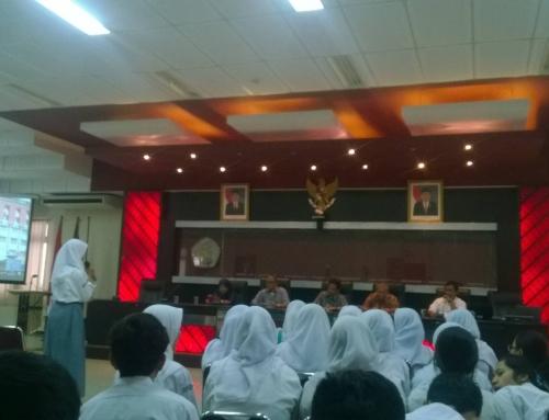 (Bahasa Indonesia) Kunjungan dari SMAN 4 Tanggerang